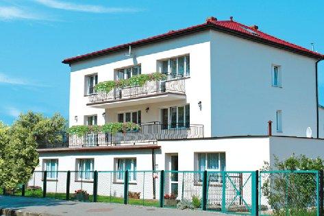 Dom Gościnny, Domki Letniskowe